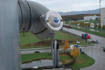 Dust filter damage monitoring on clean gas site