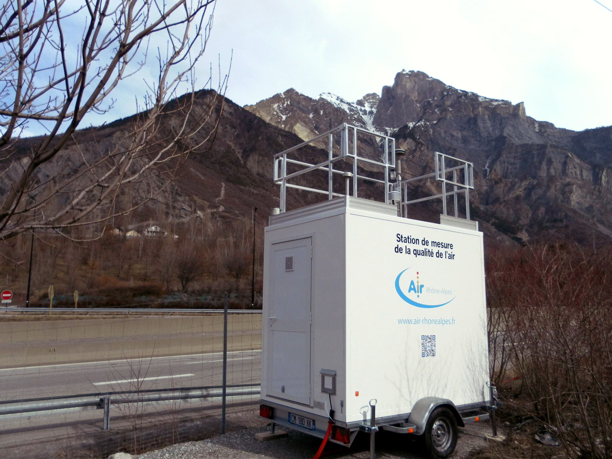 Station mobile de mesure de la qualité de l'air - Air-Rhone Alpes